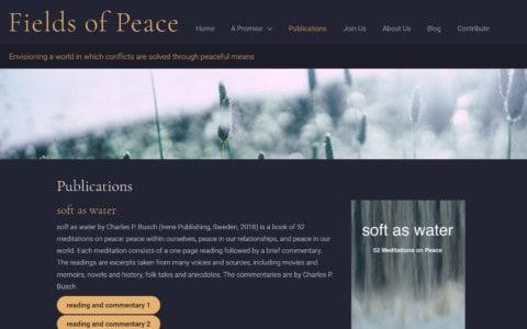 Screenshot van het publicatiearchief waarin de publicaties onder elkaar vermeld staan met rechts van de tekst steeds een foto van de kaft